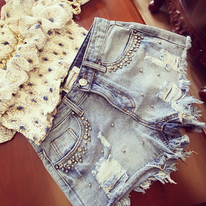 2020 new summer inlaid brick nail beads are ground white and worn out to show thin jeans Low Waist Shorts hot pants womens casual pants Street