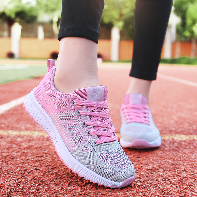 Summer resilience womens shoes running shoes odor proof breathable light and comfortable soft soled sports shoes junior high school students casual shoes