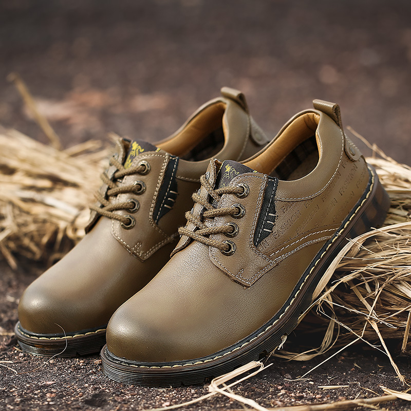 New tooling shoes spring and autumn casual shoes mens breathable desert big shoes Martin boots low top shoes mens shoes