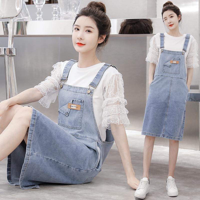 实拍2021网红 新款韩版可爱减龄宽松牛仔背带裙+纯色打底套装潮