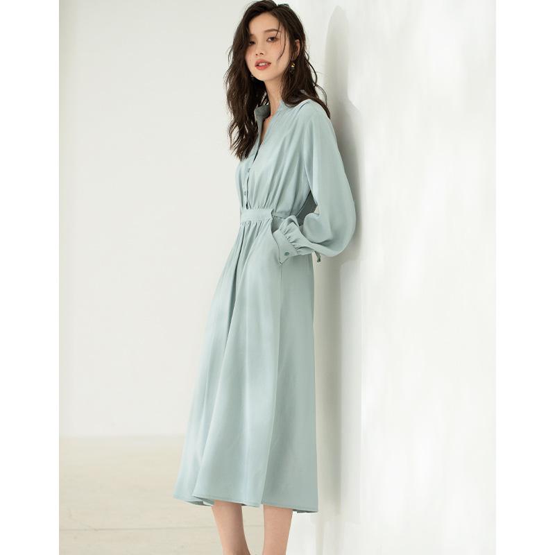 纯色系连衣裙早秋新款女装2021时尚气质系带收腰V领中长款衬衫裙