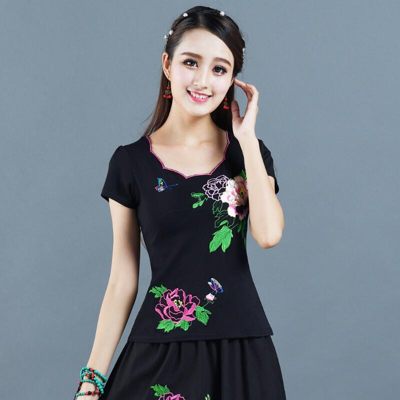 Summer new Chinese Style Embroidered womens embroidered short sleeve T-shirt womens National Style Embroidered top large size base shirt