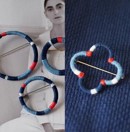 【时舟×捻旧】手工编织 植物蓝染棉线  红绳配色 服饰胸针 领针图片