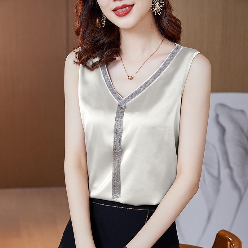 Summer suit with suspender, white large vest, womens V-neck silk satin sleeveless top