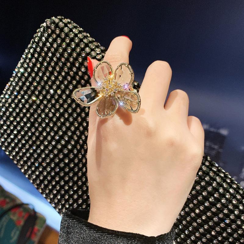 水晶花瓣夸张食指女日系轻奢指环