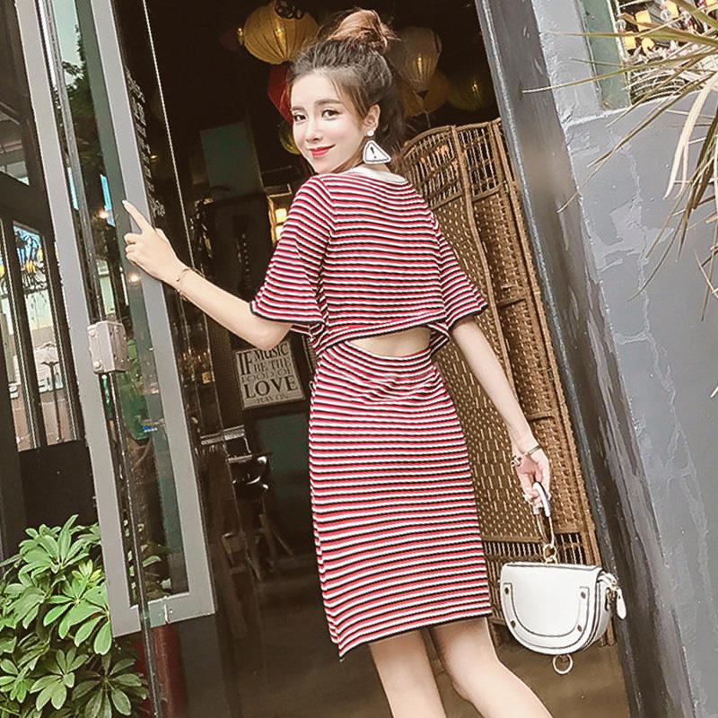裙子夏女2018新款韩版气质露背条纹修身喇叭袖圆领针织A字连衣裙