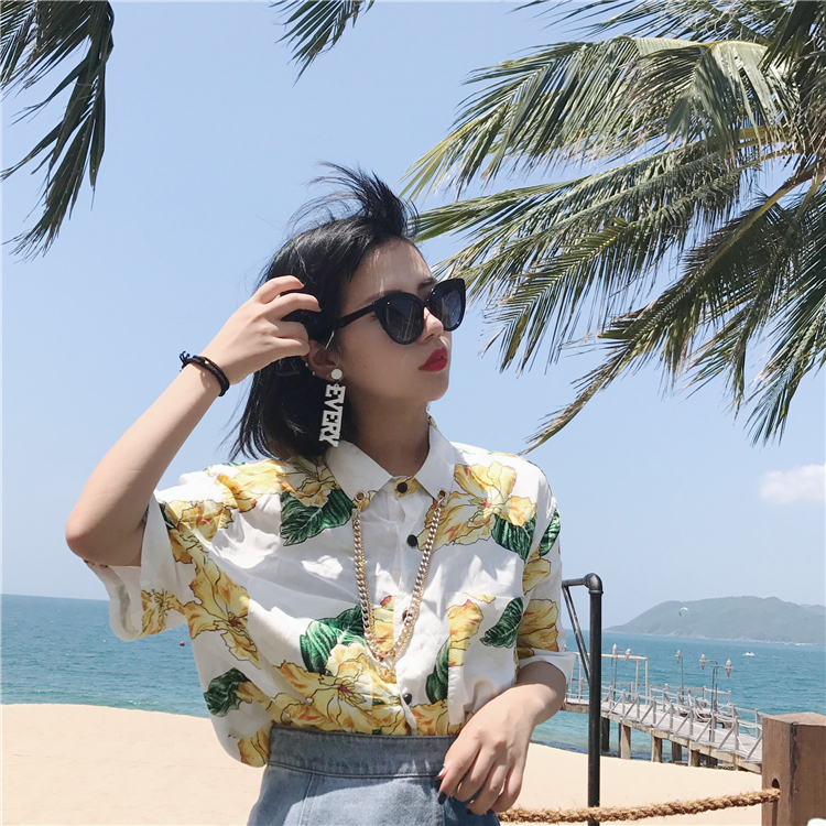 Bohemian summer south wind facing the sea spring flowers holiday chiffon shirt beach suit with chain