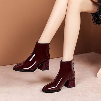 酒红色漆皮短靴粗跟高中跟方头女鞋