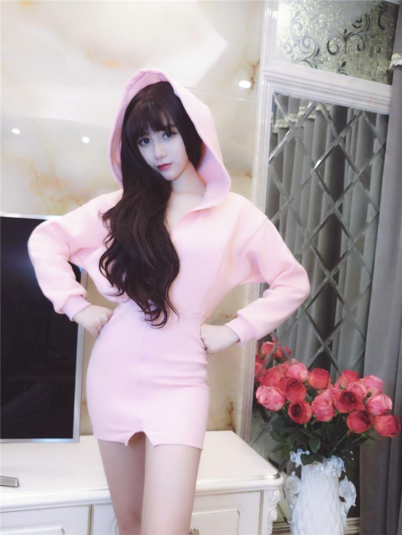 9956#实拍韩版连帽加绒修身毛球长袖包臀连衣裙