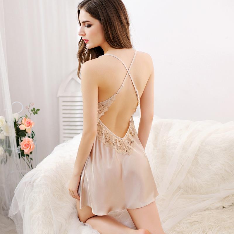 情调衣人吊带小性感情趣睡衣女夏季冰丝薄款露背蕾丝挑逗丝绸睡裙