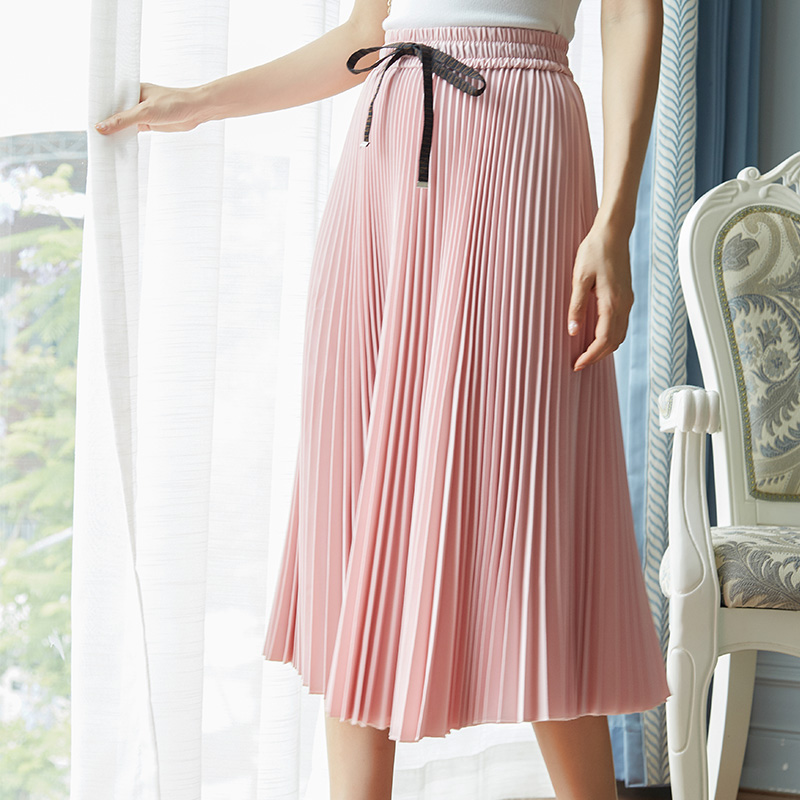 European station light mature wind neat pleated skirt womens summer new loose thin solid color versatile medium long