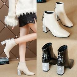 粗跟皮鞋女士短靴秋冬高跟鞋女2020年新款女鞋子秋季马丁靴子中跟