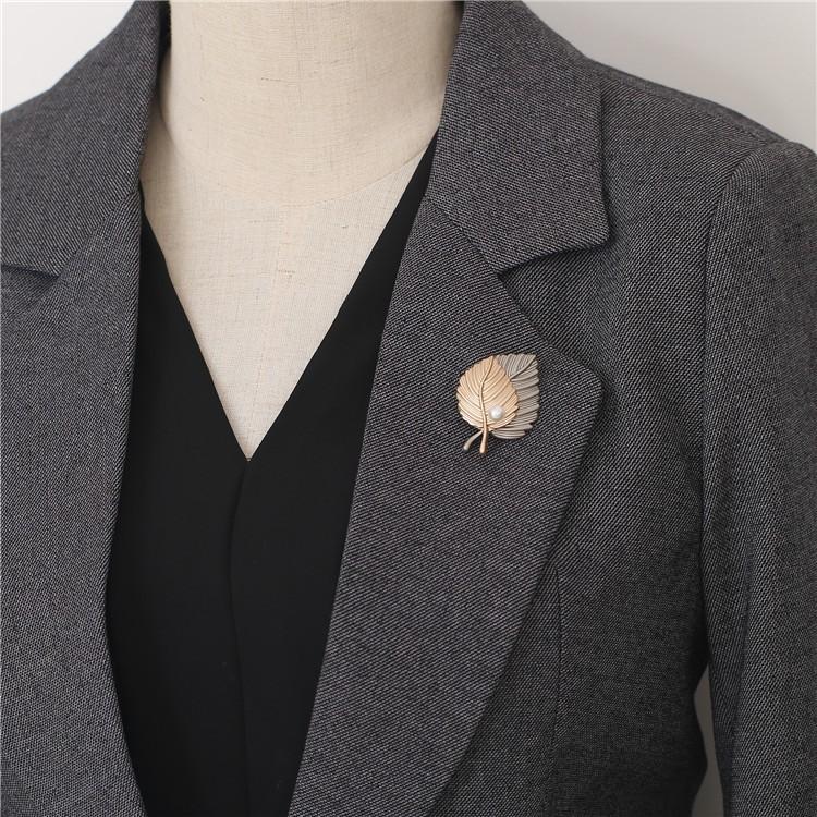 韩版复古枫叶胸针高档珍珠胸花双层叶子别针女毛衣西装外套配饰品