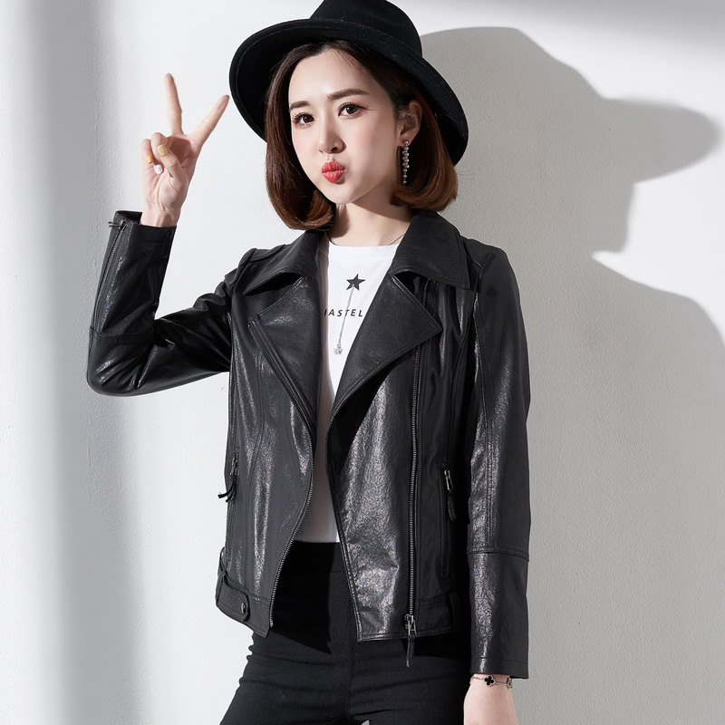 2020 new Haining leather leather leather high waist small leather women's short locomotive sheep leather jacket thin