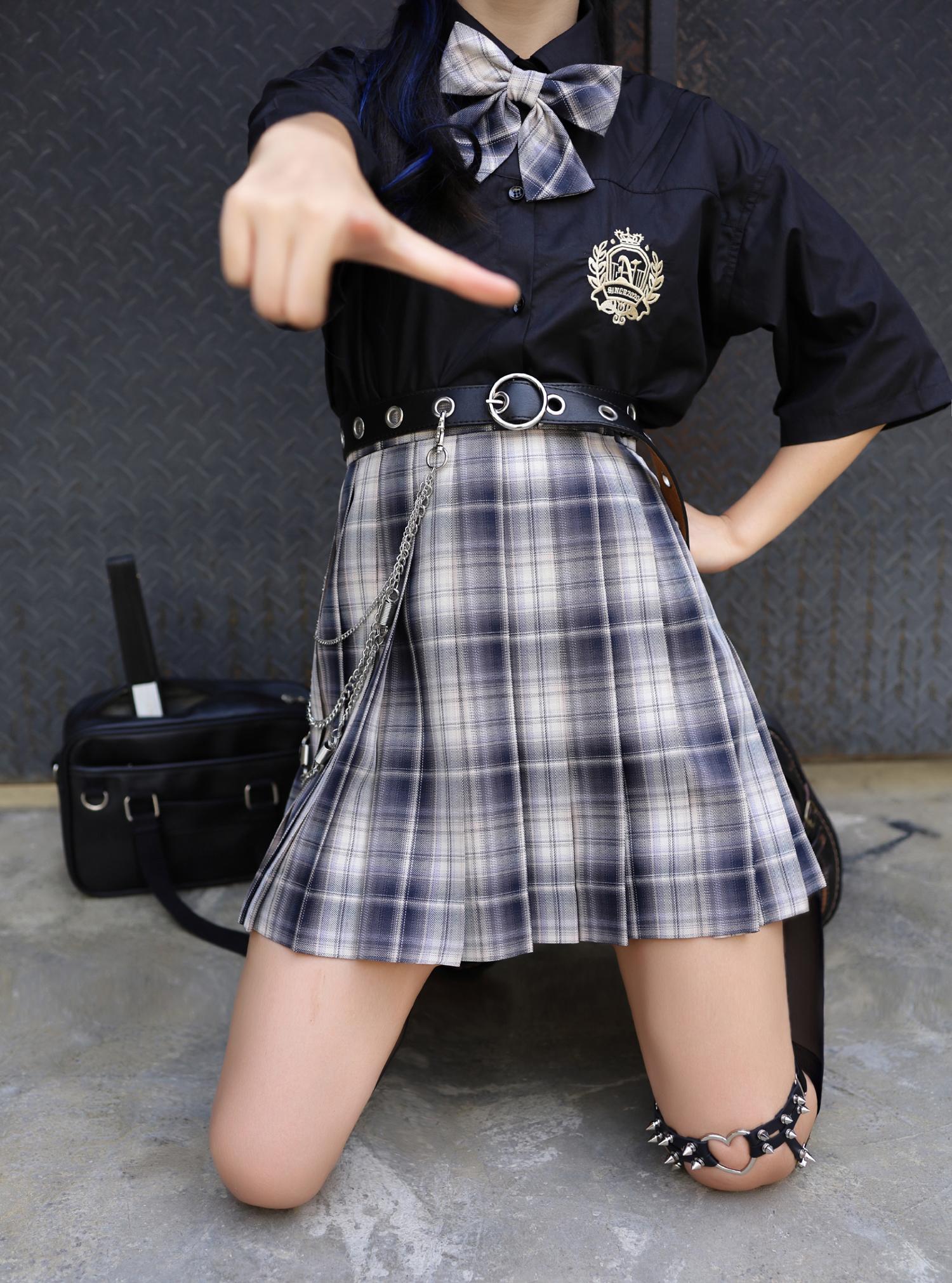 现货掉落 狙击之夜 JK制服裙正版原创少女格子西式短裙百褶鹿小野图片