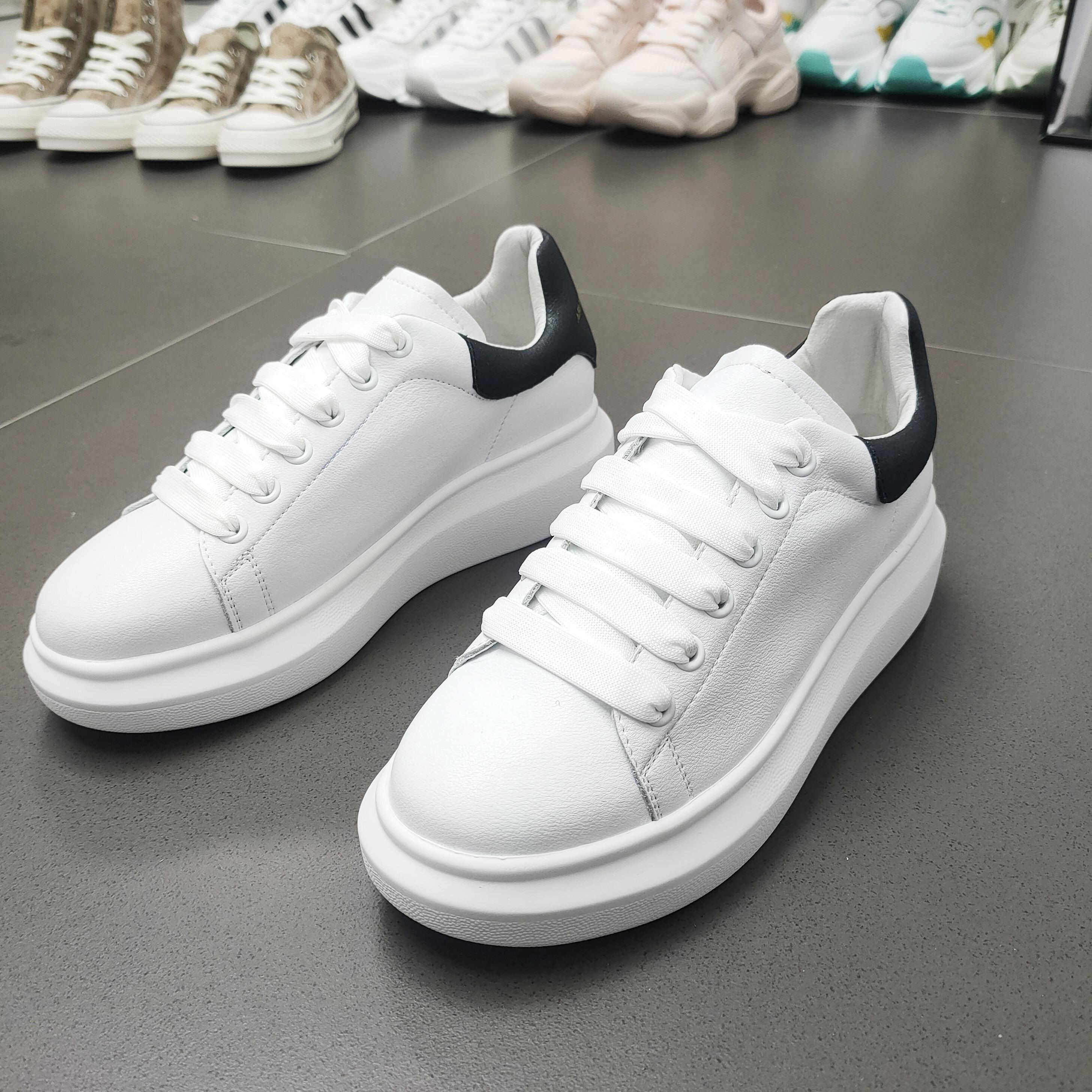 2020新款韩版春款厚底运动休闲系带百搭女鞋平底真皮鞋D3101-1