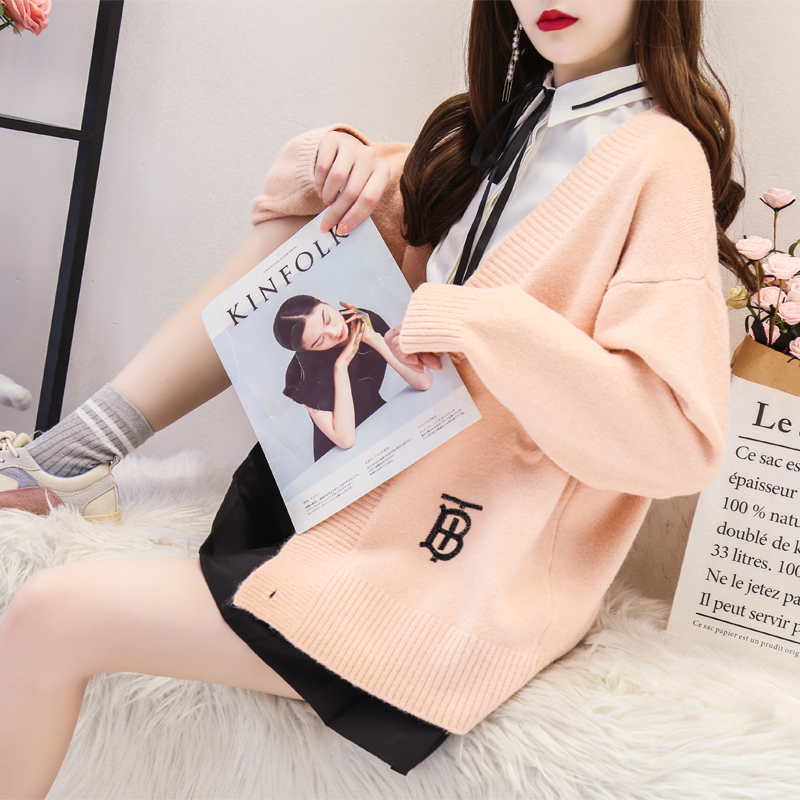 Lazy sweater cardigan womens middle and long loose Korean version autumn and winter thickened students versatile knitting coat early autumn