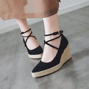 春秋新款大码女鞋浅口尖头高跟鞋绑带草编厚底坡跟单鞋女工作鞋子