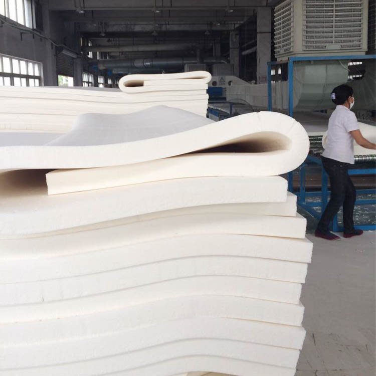 Manufacturers direct natural latex mattress 1.8m flaws 3 / 5cm Hotel Simmons tatami can be customized