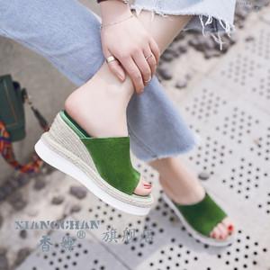 百搭凉鞋2020夏天新款坡跟厚底鞋子女款拖鞋韩版时尚外穿凉拖绿色