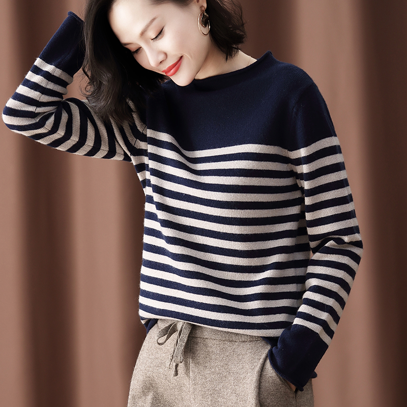 Sweater womens 2020 new winter thickened black and white striped cashmere sweater versatile semi turtleneck sweater with backing sweater