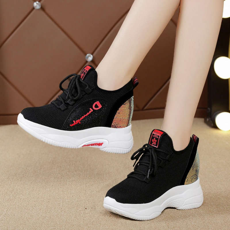 Inside heighten womens shoes spring new Korean version versatile travel black shoes middle aged womens leisure sports shoes female 70
