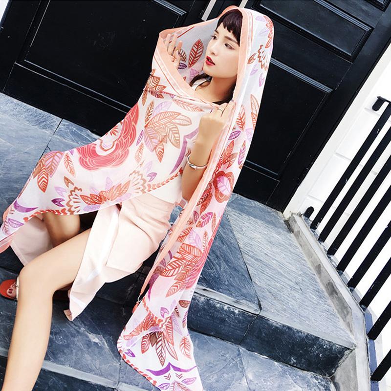 丽江青海旅游女春夏季民族风印花披肩围巾两用复古大沙滩丝巾海边
