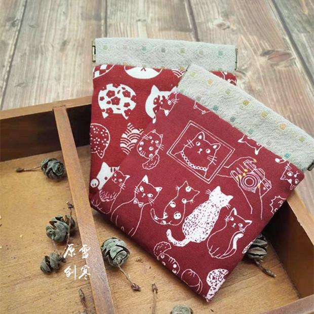 雪寒原创 和风棉麻手工布艺弹片口红包复古猫咪零钱包