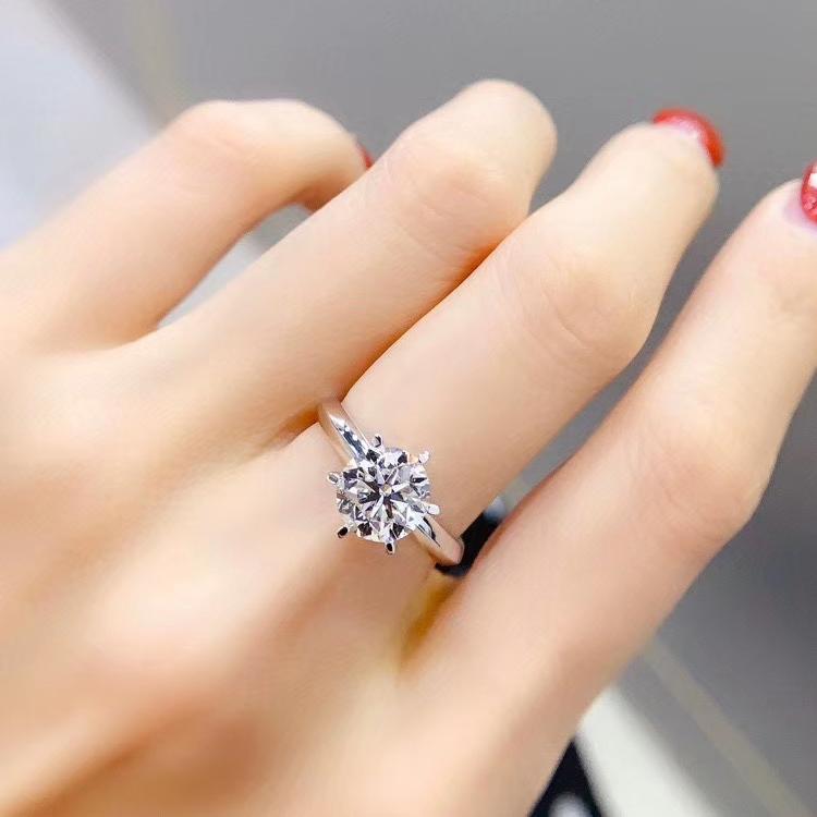 福大生ダイヤモンド18 Kプラチナ200点求婚ダイヤモンド