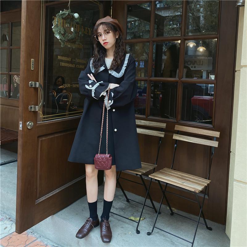 现货!实拍实价 蕾丝边娃娃领珍珠扣中长款风衣外套