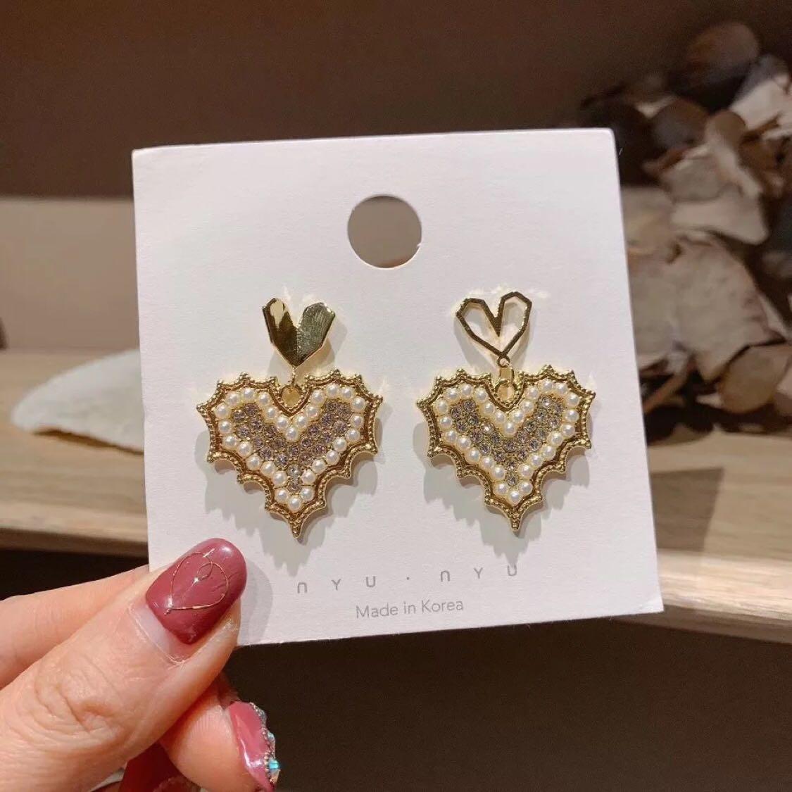 韩国东大门爱心镶钻珍珠S925银针气质时尚心形创意泫雅同款耳环