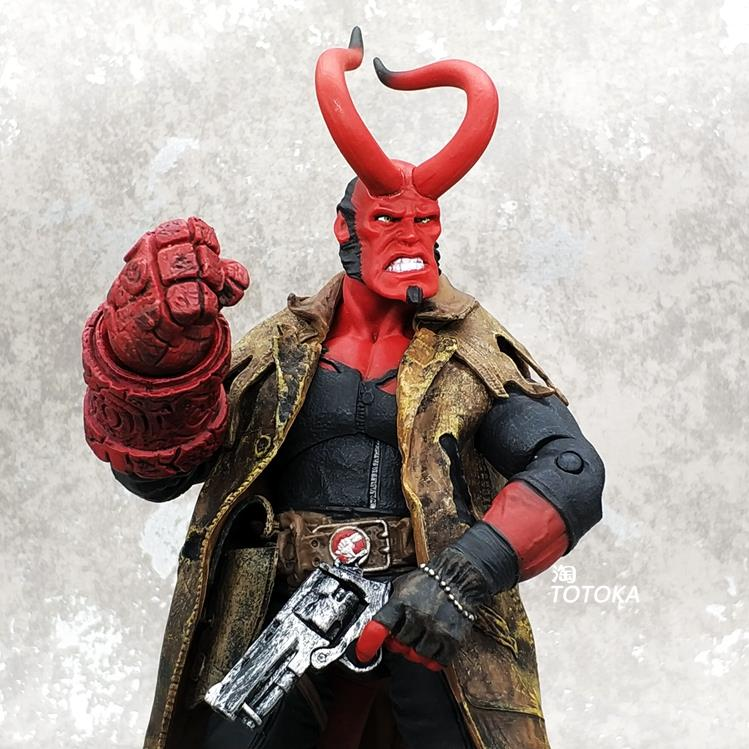 Mezco ant hell Baron Hellboy super movable doll hand made model toy ornaments//