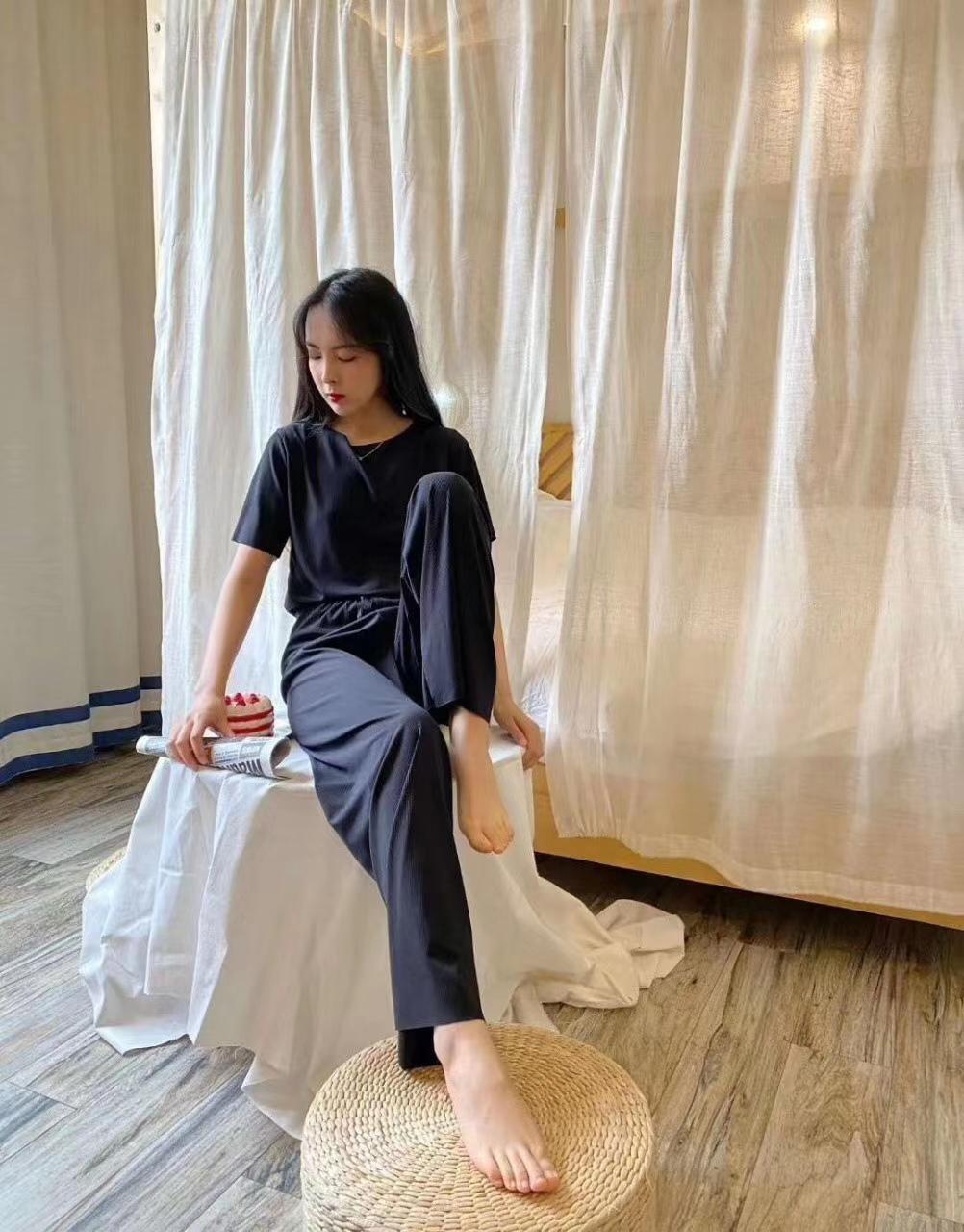 (过期)花雀鸟旗舰店 nb2021新潮款两件套阔腿裤女家居服 券后49.9元包邮