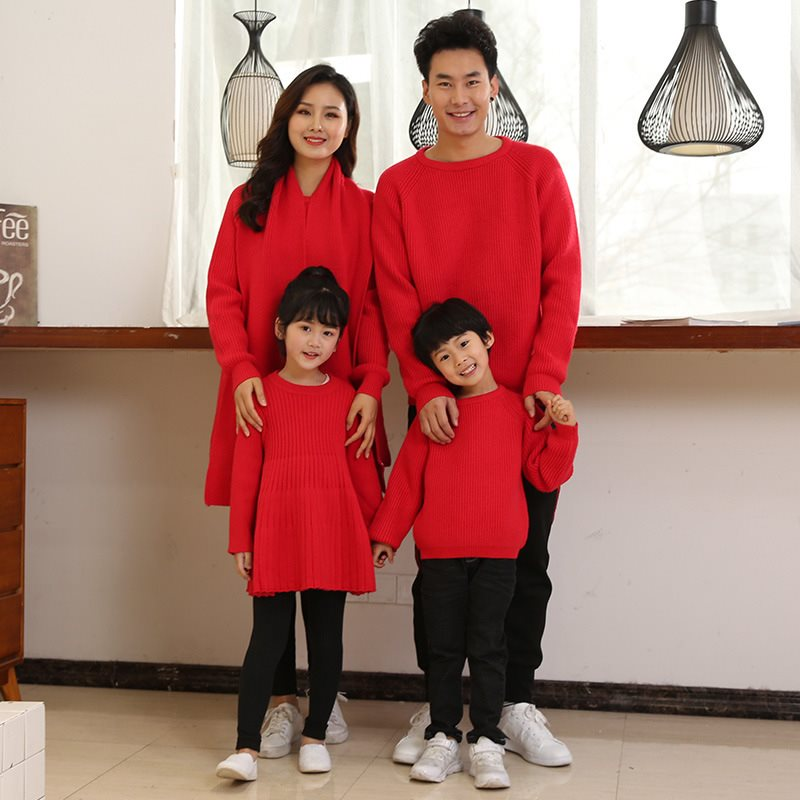 Bright red new years clothes boys and girls whole family parent-child clothes father son mother daughter family three four sweater mouth dress