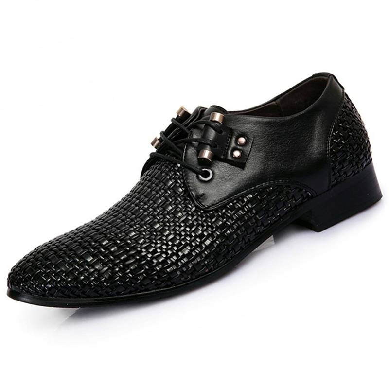 Summer 2019 mens new breathable business dress shoes white holes leather sandals perforated hot selling