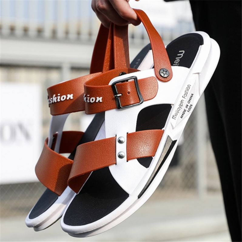 Spring style pedal with plastic heel is good-looking, light and delicate, milk white compact heel shoes, red and versatile, new summer sandals