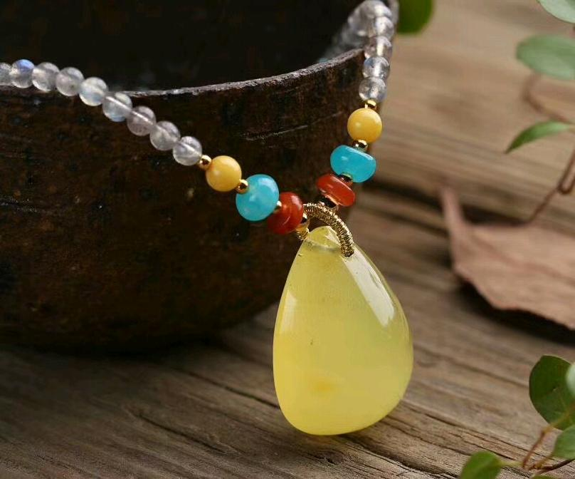 Ugly sweater chain natural grey Moonstone with Tianhe Heather red agate beeswax olivine Moonstone 59