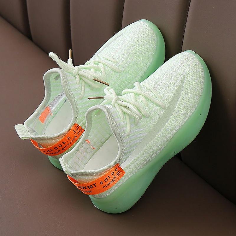 3儿童2020夏新款运动鞋男童软底透气网鞋女童雏菊飞织休闲椰子鞋