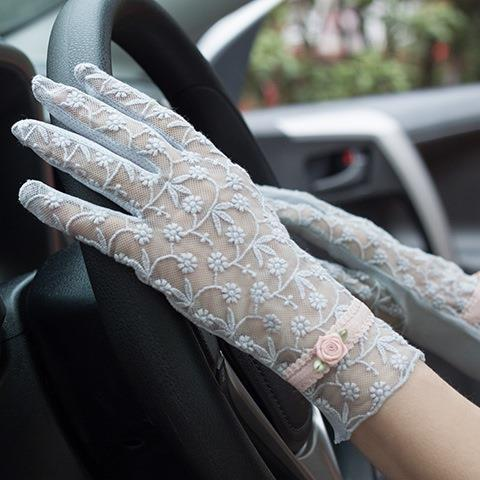 Black lace gloves, womens Retro sexy hand guard, foreign style, thin style, driving, fashion driving, spring and autumn five fingers