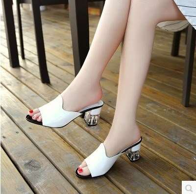 New high-heeled sandals womens 2017 thick heel womens sandals womens summer Mid Heel fashion Rhinestone drag