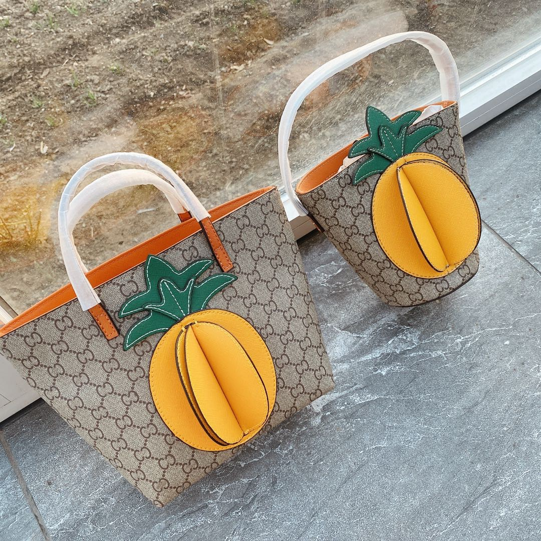 Summer 2020 new pineapple pineapple handbag children Mini versatile Tote bucket bag shopping bag