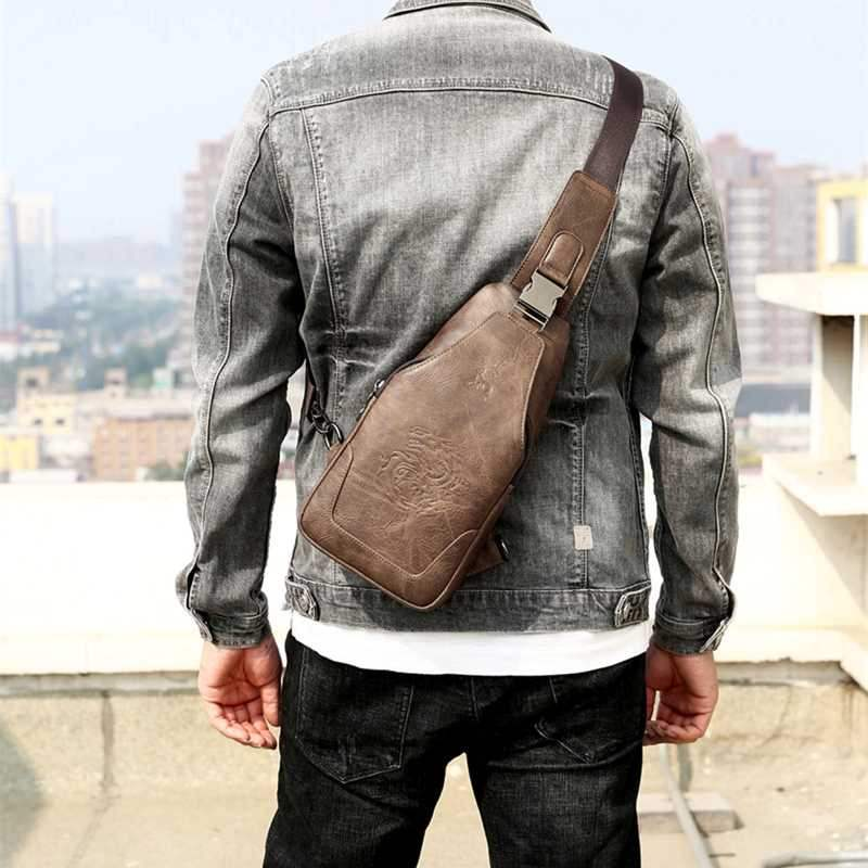 Genuine chest bag mens new fashion Korean retro casual mens bag Single Shoulder Bag Messenger Bag mens Leather Bag Backpack