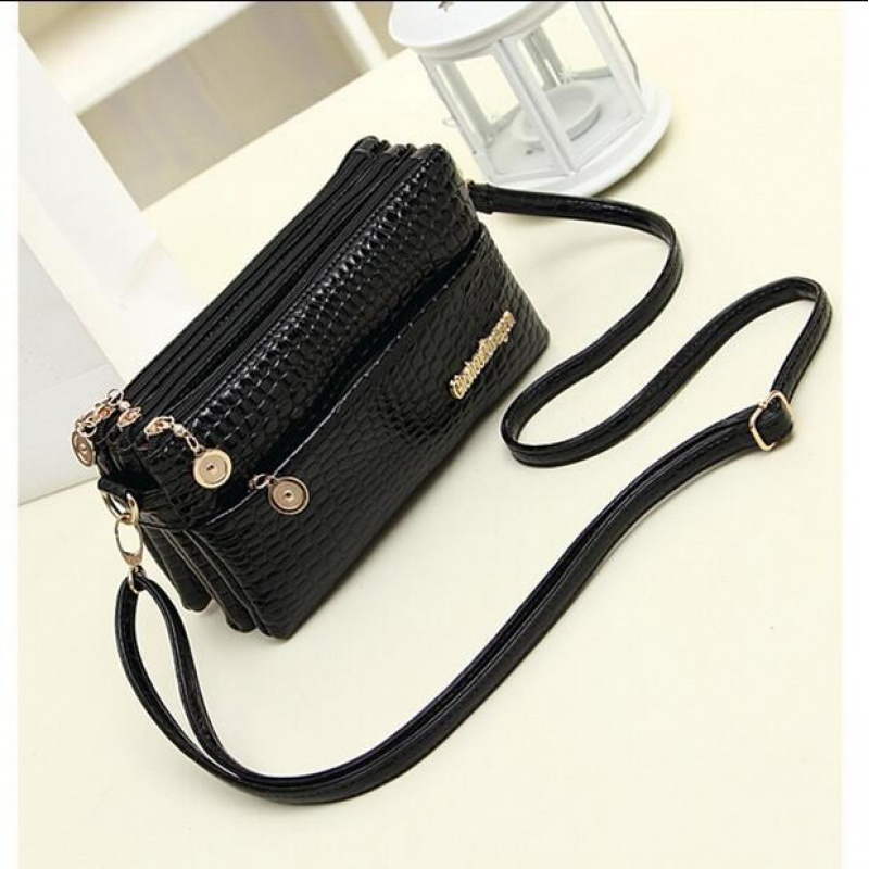 ? Fashion middle aged womens bag Single Shoulder Messenger Bag about casual soft leather bag small bag womens handbag