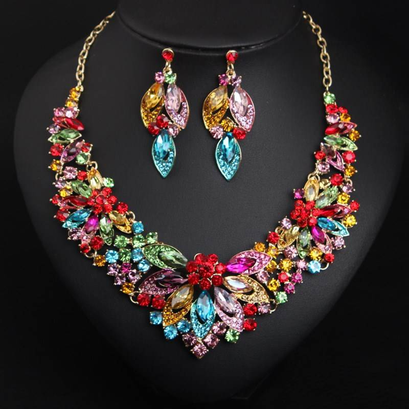 2018 new European and American Crystal Gemstone luxury alloy necklace earring set exaggeration dinner dress hot selling