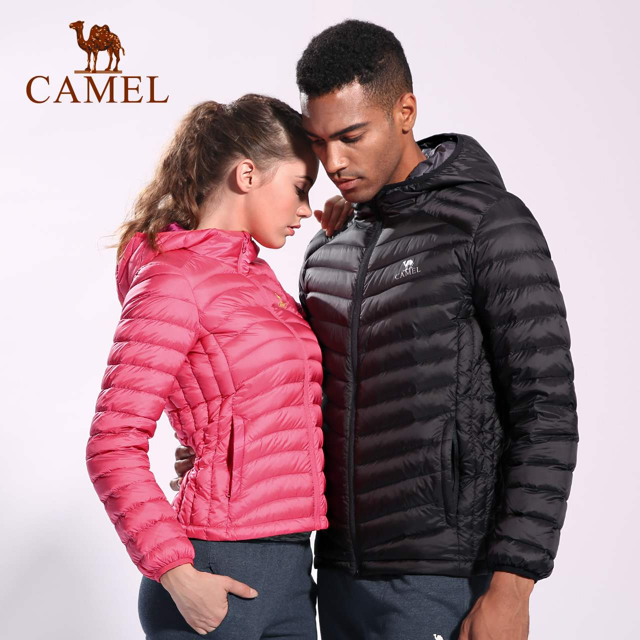 Camel authentic high-end outdoor down jacket, lovers light and thin hooded warm mens and womens sports down jacket