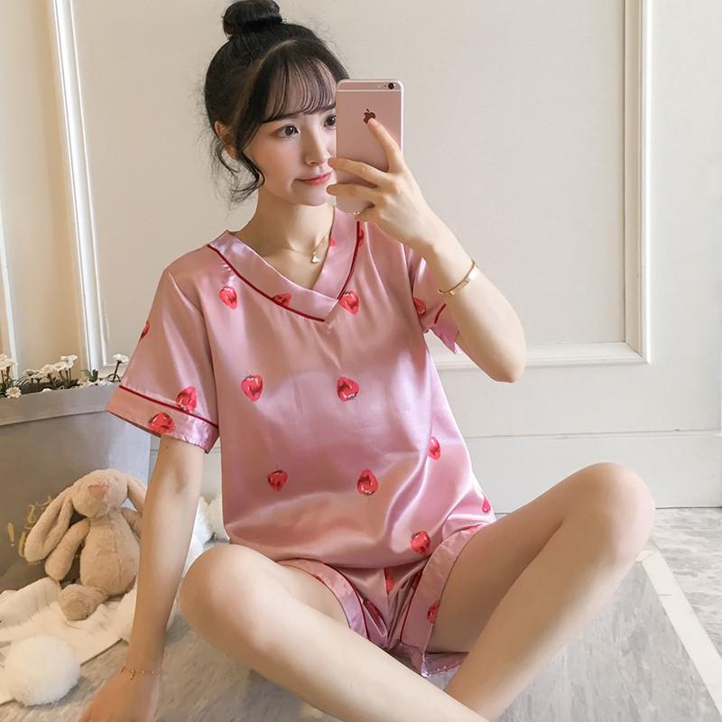 。氷の絹糸のネットの赤いパジャマの女性の夏の爆発の金韓国版の半袖の2件のスーツの学生のかわいい人形の熊の家居服の夏