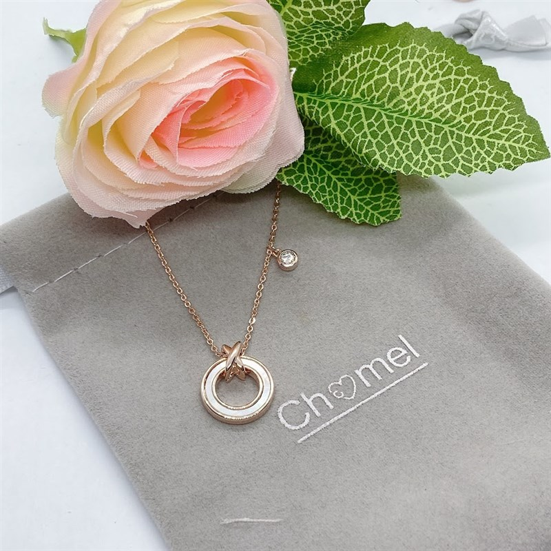 Chombel official flagship store Necklace female summer Fritillaria 3215 eternal ring pearl light luxury niche new hanging