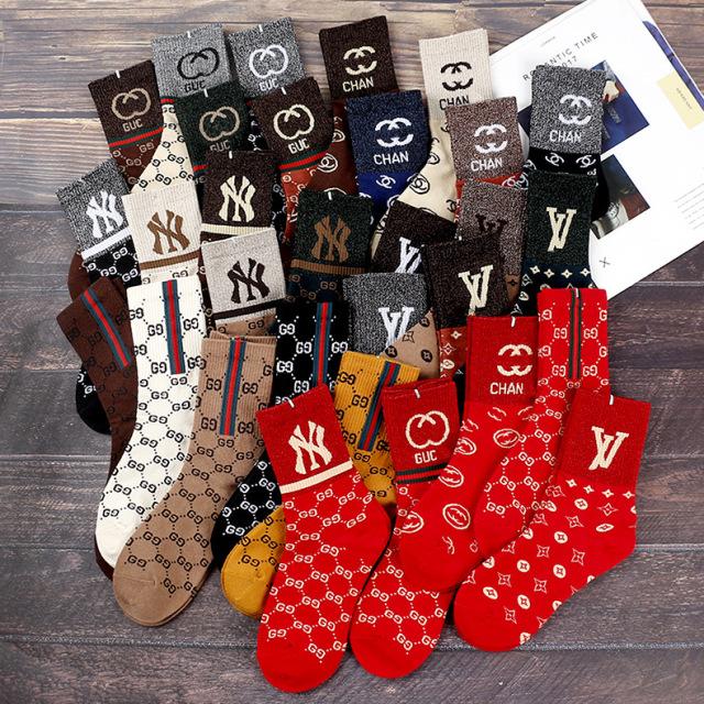 2021春秋袜子男女款网红同款亮丝潮牌袜百搭棉袜字母袜高筒五双装