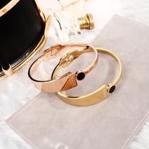 欧美风时尚个姓18k玫瑰金钛钢手镯女款新品流行日韩版气质首饰品