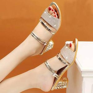 夏季时尚凉鞋女潮鞋2020新款韩版女式凉鞋拖鞋两用粗跟女鞋中跟鞋